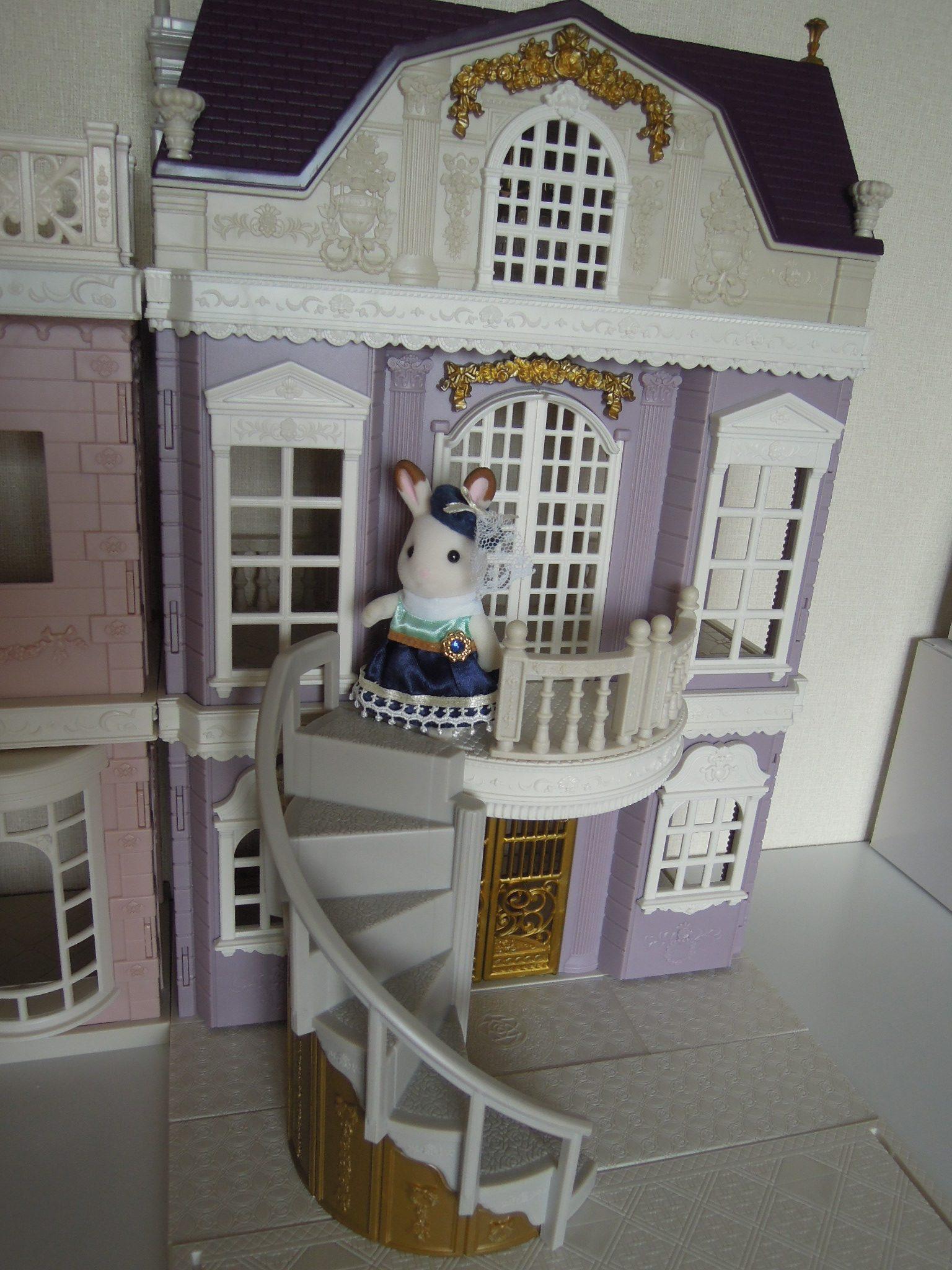 【シルバニア】2018年4月新発売 タウンシリーズ 第1回~街のすてきなグランドハウス~ショコラウサギのお姉さん若くして成功してデパートとほぼ同じ規模の自宅を竣工しちゃったよ!の巻き~ つまり開封レビュー